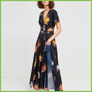 🏷 🆕 French Connection Floral Jersey Maxi Dress